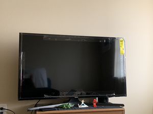 "Samsung smart tv 43"" for Sale in Sioux Falls, SD"