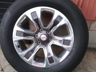 4- GMC- Chevy 20in 6 Lug Alloy Rims And Tires. for Sale in Mt. Juliet,  TN