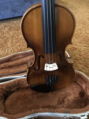 Violin for sale new strings also replaced bridge size is 1/2 for Sale in Sunnyside, WA