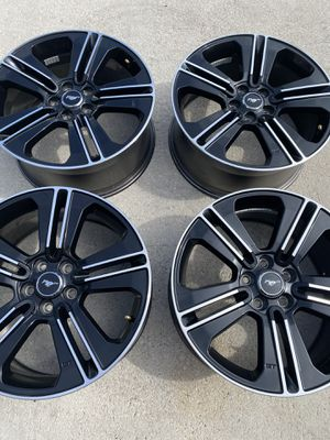 """19"""" Ford Mustang GT OEM rims wheels MINT CONDITION! for Sale in FL, US"""