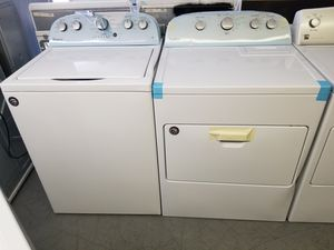 New scratch and dent Whirlpool super capacity plus washer and dryer 1 year warranty for Sale in Saint Petersburg, FL