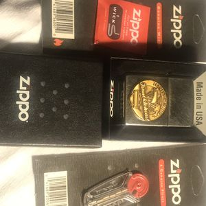 Harley Brushed Chrome Zippo Lighter knucklehead comes with 6 Zippo Flints and a Zippo Wick Brand New in Box for Sale in Bridgeport, CT