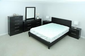 BEDROOM SET BRAND NEW! for Sale in Pinecrest, FL