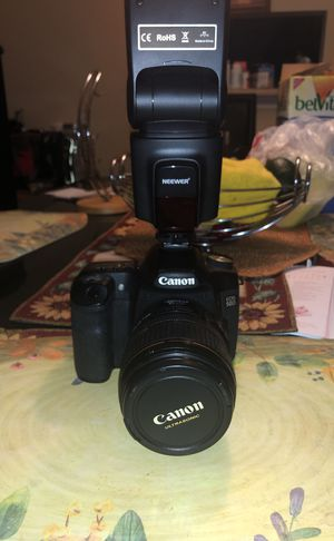 Canon 50d come with a charger and a efs 17-85mm lense for Sale in Stone Mountain, GA