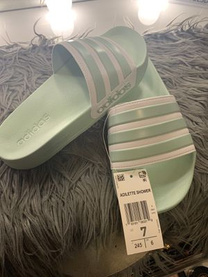 Adidas Adilette Shower slides ! for Sale in Newark, NJ