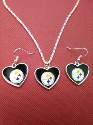 Pittsburgh Steelers Heart Necklace and Earrings Set for Sale in Columbus, OH