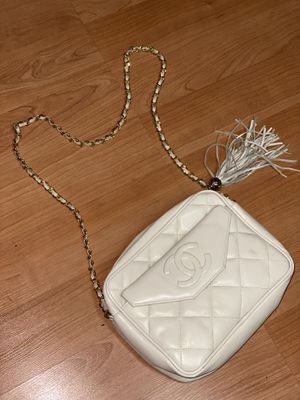 Vintage Chanel bag for Sale in Brisbane, CA