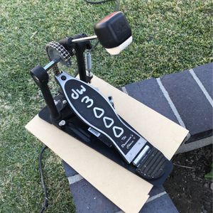 DW 3000 Drum Pedal for Sale in Los Alamitos, CA