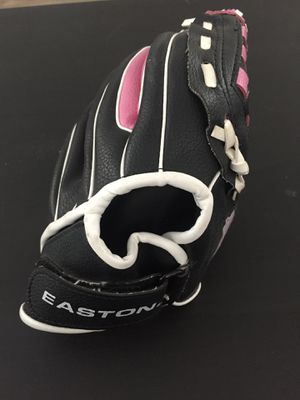 Easton softball glove for Sale in San Diego, CA