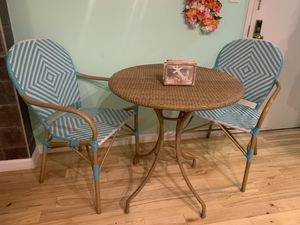 Brand New pier 1 furniture set (indoor or outdoor) for Sale in E ATLANTC BCH, NY
