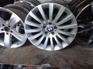 Bmw and jeep wheels for Sale in Houston, TX