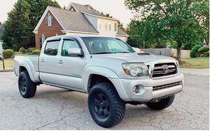 Amazing 2009 Toyota Tacoma 4WDWheels for Sale in Washington, DC