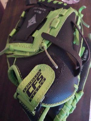 Baseball glove for Sale in Pittsburg, CA