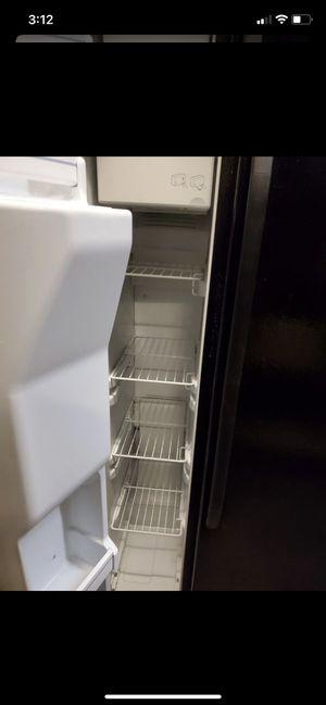 'GE '. Refrigerator for Sale in Washington, DC