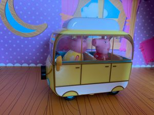 Pepa pig small camper bus for Sale in Fontana, CA