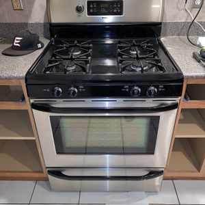 Gas Oven for Sale in Miami, FL