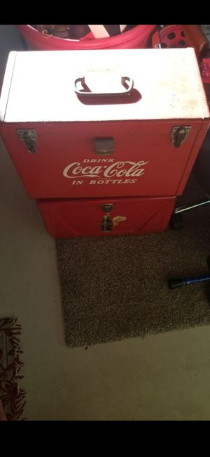 (2) COCA COLA ICE CHEST VINTAGE for Sale in Delray Beach, FL