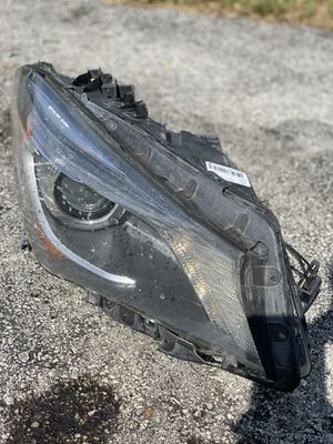 2014-2018 Mercedes-Benz CLA45 Headlight Parts (Passenger Side) for Sale in Miami, FL