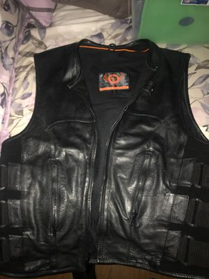 Men's True Element Leather Motorcycle Vest L for Sale in Ontario, CA