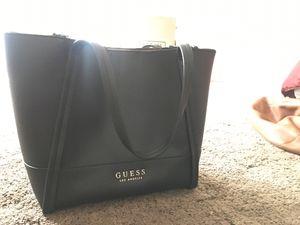 GUESS Tote Bag (w/ small bag) for Sale in Bremerton, WA