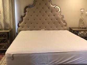 Hooker Furniture Mirrored Bedroom Set for Sale in Los Angeles,  CA