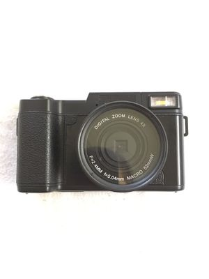 Digital camera with accessories for Sale in Bellingham, WA