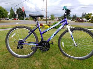 Perfect condition ladies mountain bike for Sale in Buckley, WA