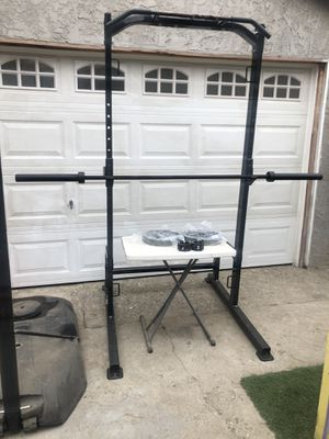 Half Rack + 7 foot Barbell + 50 lbs new Olympic Weight for Sale in Bellflower, CA