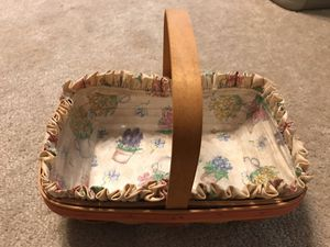 Longaberger 1999 Mothers Day Early blossoms basket for Sale in Alexandria, OH