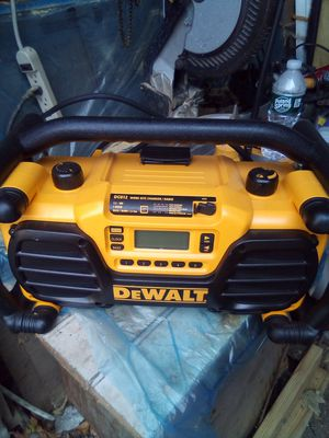 Radio. Dewalt with port. Used twice for Sale in Sandy Hook, CT