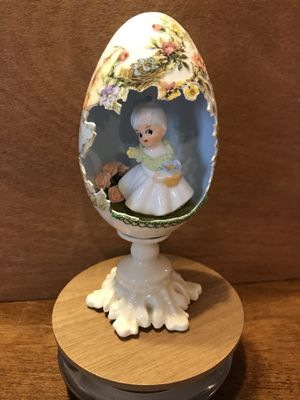 Gorgeous!! Painted Handmade Goose Egg for Sale in Gainesville, VA