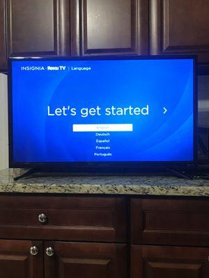 Insignia 32' Roku TV for Sale in Pompton Lakes, NJ