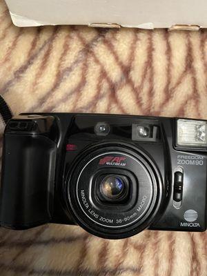 Minolta freedom zoom 90 multi beam camera for Sale in Queens, NY