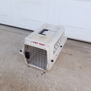 Small Pet Carrier! for Sale in Fresno, CA