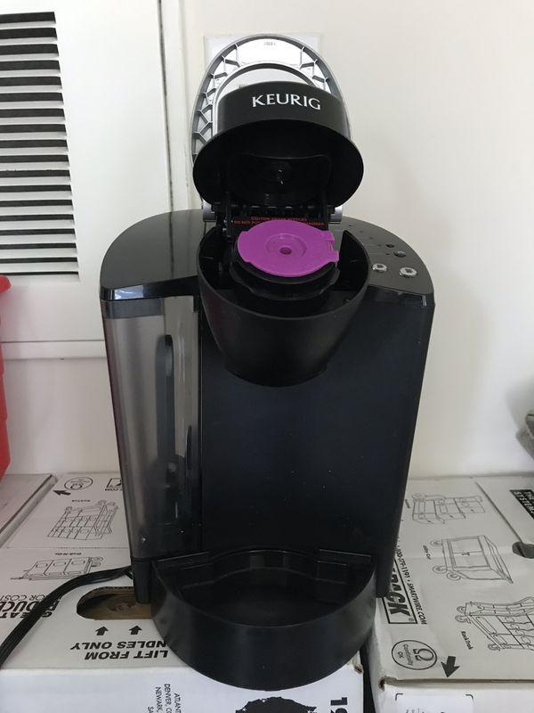Coffee maker keurig.