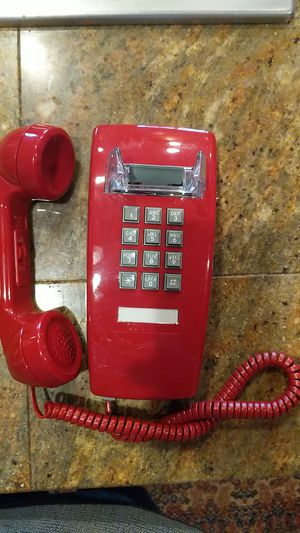 Red phone for Sale in Oregon City, OR