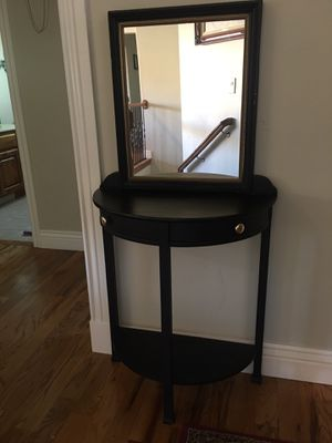 Entry table for Sale in Genola, UT