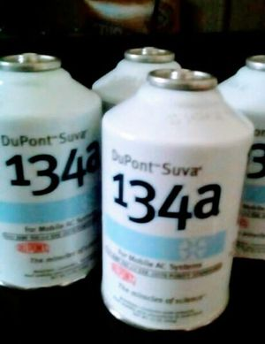 4 Dupont freon bottles for Sale in Houston, TX