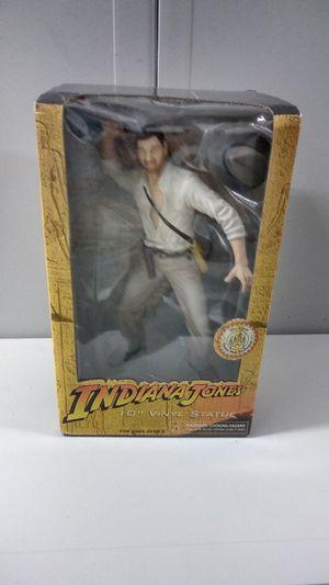 "INDIANA JONES 10"" VINYL STATUE (#4654) for Sale in Pompano Beach, FL"