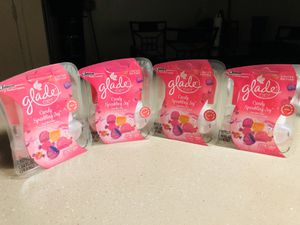 4 2in1 glade scented oils plugins for Sale in Glendale, AZ