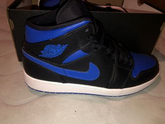 """Air Jordan 1 Mid """"Royal blue"""" SIZE 10.5 for Sale in South Williamsport,  PA"""