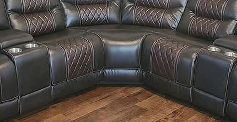 New Sectional - Free Delivery for Sale in Atlanta,  GA