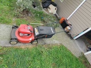 Lawn mower needs work. for Sale in Parkland, WA