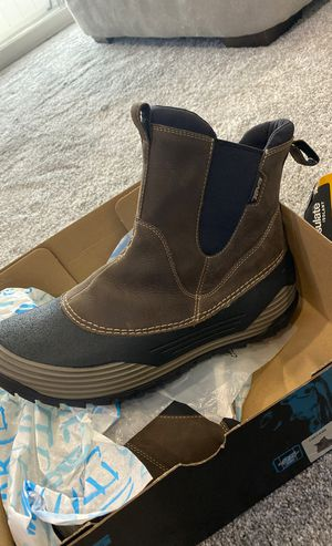 Brand New Men's Boots Teva size 11 for Sale in Tinley Park, IL