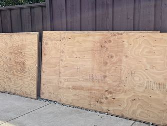 Six 1 Inch 4x8 Plywood Sheets for Sale in San Jose,  CA