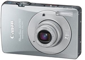 Canon powershot sd750 7.1 mp digital elph camera (3x optical zoom) for Sale in New York, NY