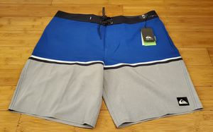 Quicksilver short size 36 for Men. for Sale in Paramount, CA