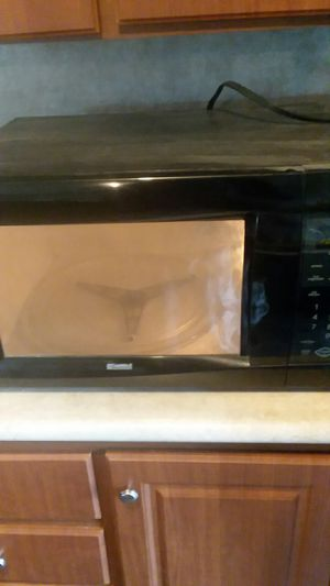 Kenmore large microwave oven for Sale in Lake Charles, LA