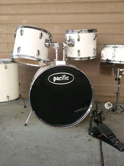 Pacific Drum set for Sale in Troutdale,  OR