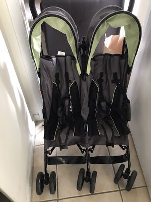 Delta children Stroller for 2 - great condition for Sale in Lake Worth, FL
